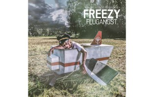 """Gewinne das neue Album """"Flugangst"""" von Freezy"""