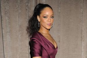 Rihanna teast zwei brandneue Songs an