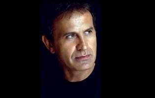 Konzerttickets für die griechische Musik-Legende George Dalaras zu gewinnen