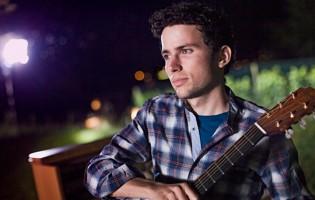 """Levins zweite Singel """"Not easy"""" beschreibt die Tiefpunkte und Tücken des Alltags"""