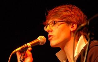 Tickets für Poetry Slam mit Phibi Reichling und Gästen im Kulturkarussell Stäfa zu gewinnen