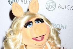 Diva covert Diva: Miss Piggy singt Adeles 'Hello'