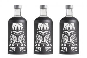 Der schwedische Kultvodka zeigt mit Künstler Alberto Russo eine Flaschenhülle für 3D-Prints