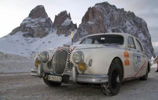 WinterRaid St. Moritz: Spektakuläre Oldtimer Rallye wie anno dazumal
