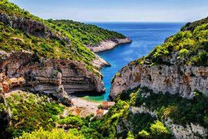 Der schönste Strand Europas befindet sich auf Vis in Kroatien
