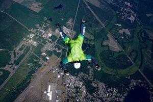 Luke Aikins springt ohne Fallschirm