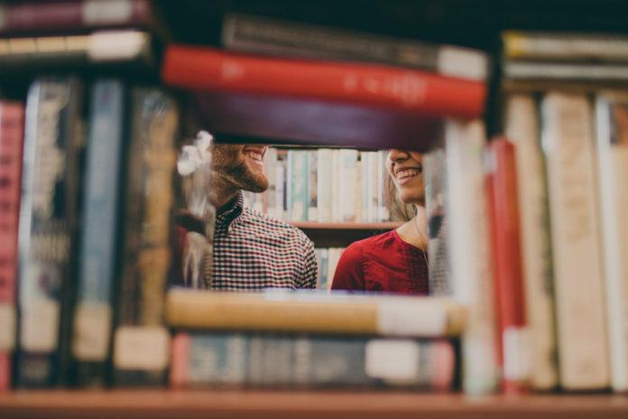 Beeinflussen Bildungsgrad, Berufe & Co die Partnerwahl?