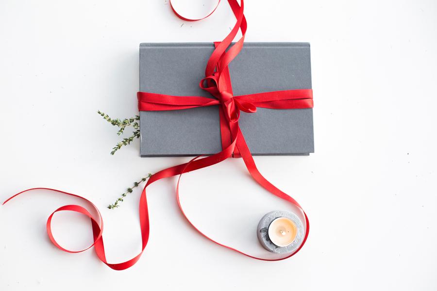 Geschenkideen zu Weihnachten: Bücher für Krimi- und Thriller-Fans ...