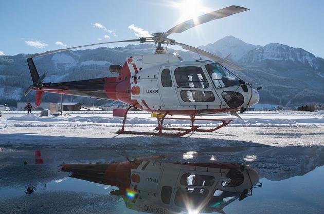 Mit UberHELI zum Hahnenkamm-Skirennen in Kitzbühel