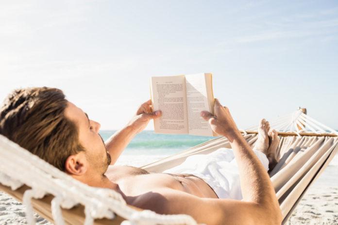 Nervenkitzel pur: Diese Bücher sorgen im August für spannende Unterhaltung