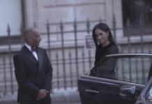 Skandal: Herzogin Meghan Marke schliesst die Autotür selber