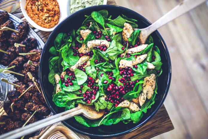 Grüne Alleskönner: Darum ist Spinat ein echter Allround-Fitmacher