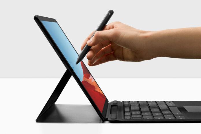 Gewinne ein Microsoft Surface Pro X im Wert von 2'000 Franken