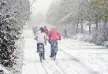 Vorsicht! Auf Schnee kommen gewöhnliche Fahrradreifen leicht ins Rutschen.