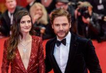 Daniel Brühl mit Ehefrau Felicitas Rombold bei der Berlinale 2020.