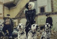 Emma Stone als Schurkin Cruella de Vil
