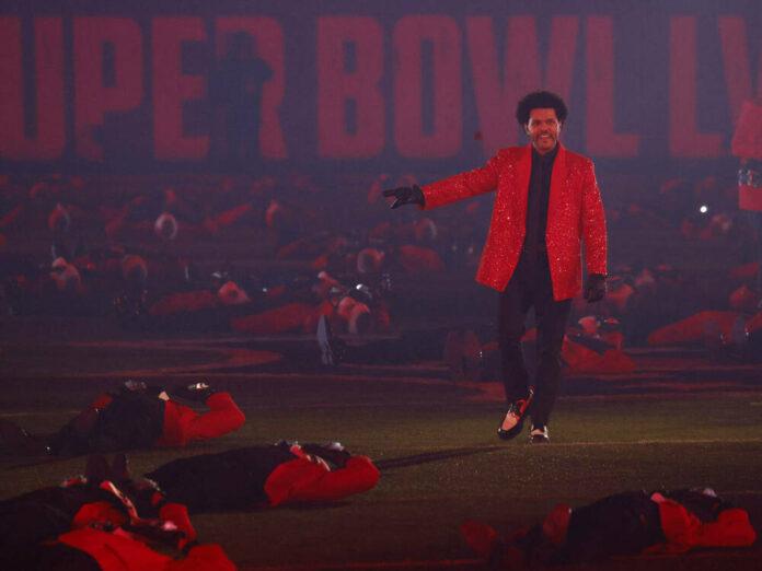 The Weeknd hat die Halbzeitshow des Super Bowl LV gestaltet.