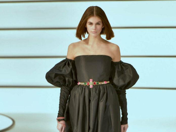Kaia Gerber bei der Chanel-Show auf der Pariser Fashion Week.