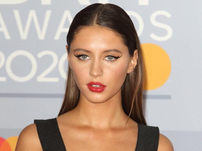 Iris Law 2020 bei den Brit Awards