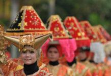 Indonesien: Die Minangkabau leben in einer matrilinealen Gesellschaft.