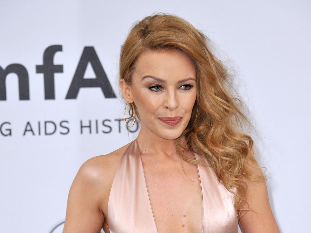 So-verabschiedet-sich-Kylie-Minogue-von-Prinz-Philip