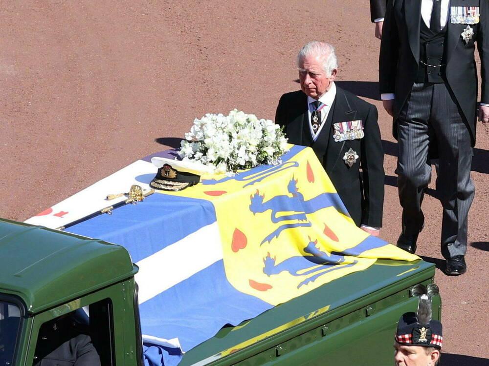 Trauer-um-Philip-Prinz-Charles-verabschiedet-sich-von-seinem-Vater