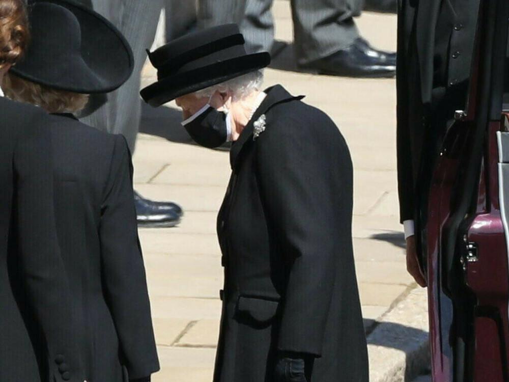 Zeremonie-f-r-Prinz-Philip-Queen-Elizabeth-II-musste-alleine-trauern