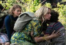 """Emily Blunt (M.) kämpft auch in """"A Quiet Place 2"""" mit ihren Kindern ums nackte Überleben."""