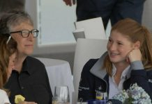Jennifer Gates mit ihrem Vater Bill Gates bei einem Reitturnier im April 2019.