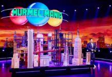 Chris Tall präsentiert eine neue Show rund um Murmeln.
