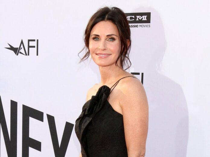 Courteney Cox kann sich über eine Emmy-Nominierung für