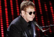 Elton John bei einem Konzert in Italien.