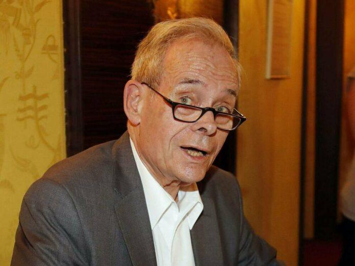 Horst Pillau während einer Autogrammstunde vor wenigen Jahren