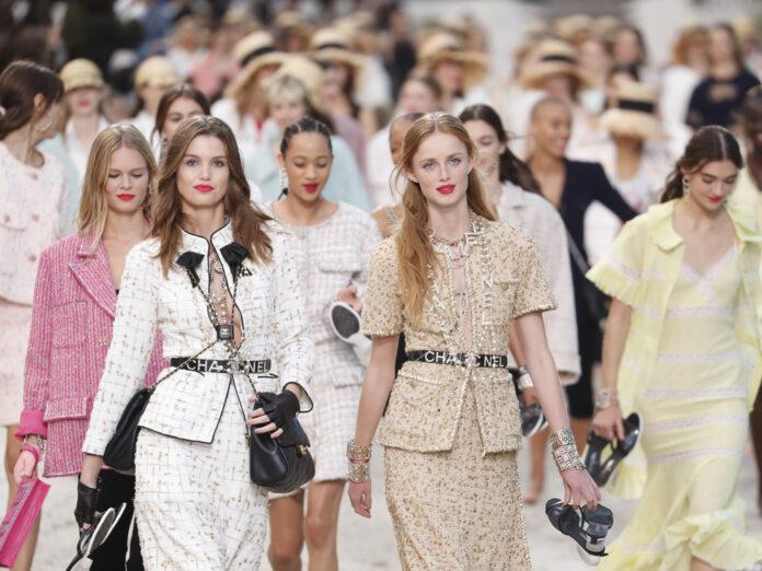 Chanel hat Tweed zu einem zeitlosen Klassiker gemacht.