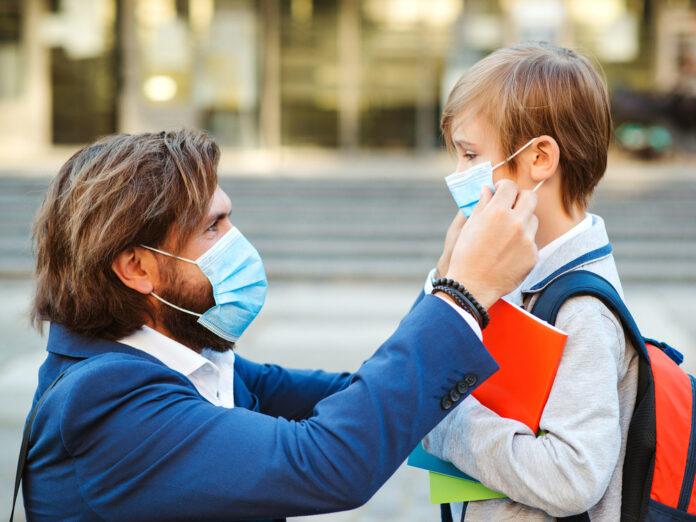 Eltern sollten jetzt besonders verständnisvoll mit ihren Kindern umgehen.