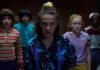 """Millie Bobby Brown (vorne) und ihre Clique in der dritten Staffel von """"Stranger Things"""""""