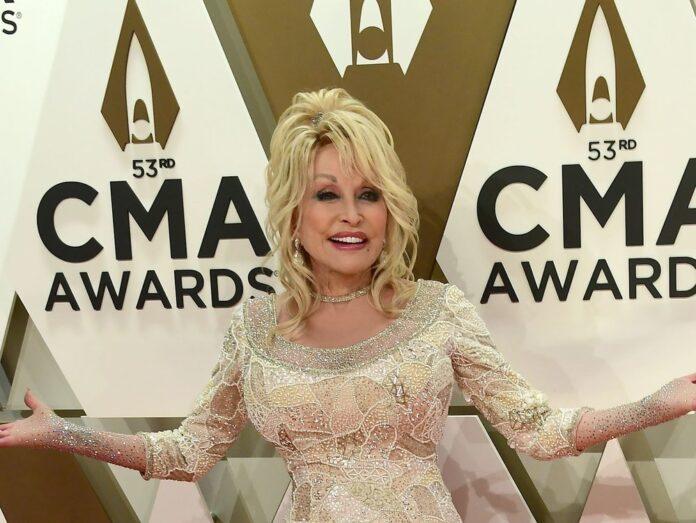 Dolly Parton bei den CMA Awards 2019