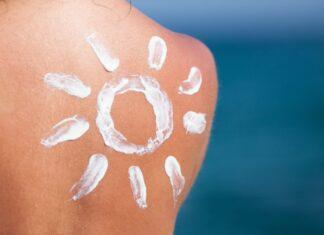 Sonnenallergie - was es mit den unangenehmen Hautreaktionen auf sich hat und was man dagegen tun kann.