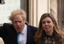 Boris Johnson und seine Ehefrau Carrie im vergangenen Mai