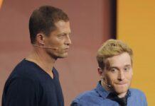 Til Schweiger (l.) und Samuel Koch bei einem gemeinsamen TV-Auftritt im Jahr 2014.