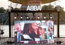 """ABBA kündigte ihr neues Album """"Voyage"""" mit einem Event in Stockholm an."""