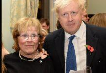 Boris Johnson 2014 mit seiner Mutter.