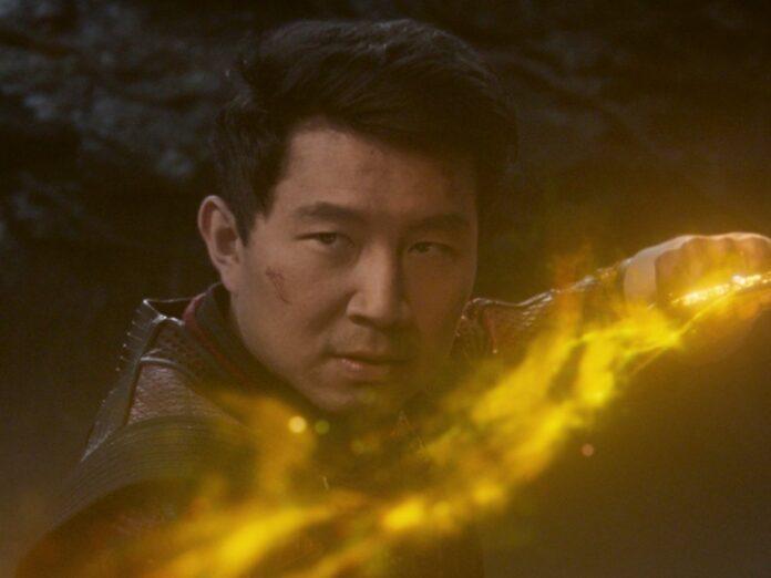 Der Kanadier Simu Liu spielt die Hauptfigur Shang-Chi.