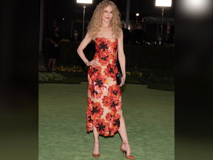 Nicole Kidman in ihrem floralen Kleid.
