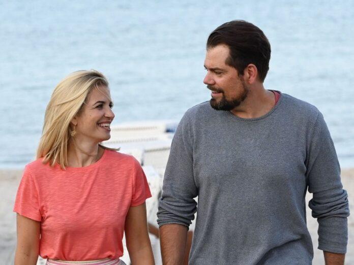 Susan Sideropoulos und Daniel Fehlow sind gemeinsam in