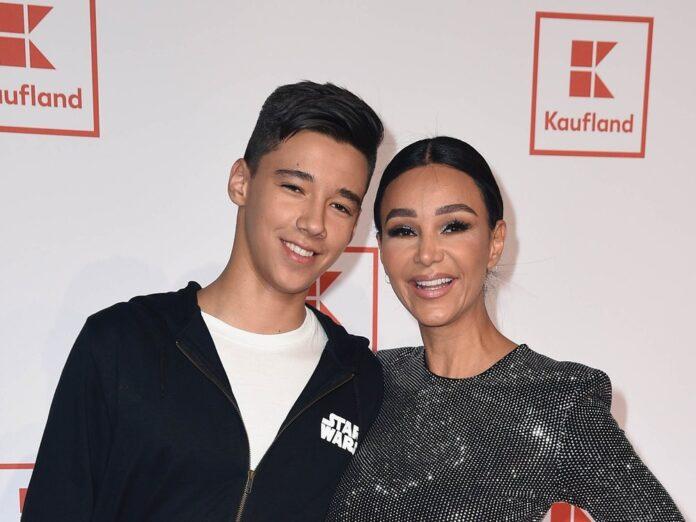 Verona Pooth und ihr Sohn San Diego bei einem Event 2019