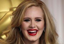 Adele hat ein ungewöhnliches Souvenir an ihrer Wand hängen.