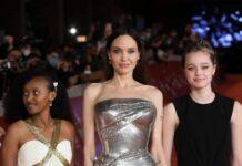 """Angelina Jolie mit ihren Töchtern Zahara (l.) und Shiloh Jolie-Pitt bei der """"Eternals""""-Premiere in Rom."""