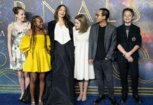 Angelina Jolie mit fünf ihrer sechs Kinder.