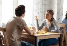 Immer mehr Menschen wollen bereits beim ersten Date Klarheit schaffen.